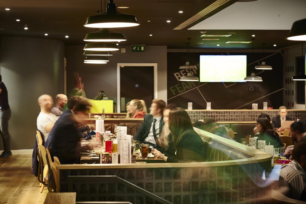 Cafe_Football_a (1)